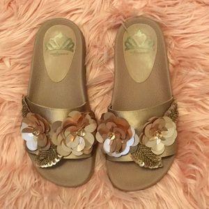 NWB embellished slides rose gold size 5